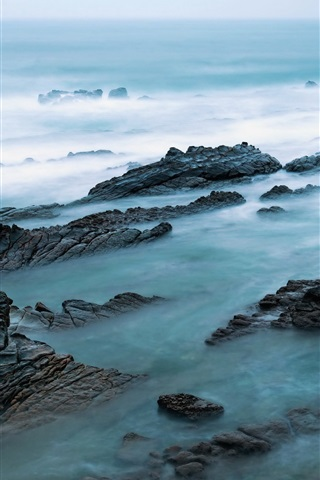 Sea Rocks Fog Morning 750x1334 Iphone 8 7 6 6s Wallpaper