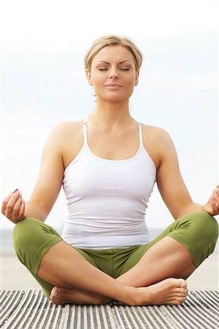 iPhone Wallpaper Yoga girl, sit down