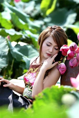 iPhone Wallpaper Asian girl and pink lotus