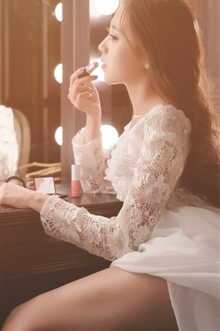 iPhone Wallpaper Asian girl makeup, bride, mirror