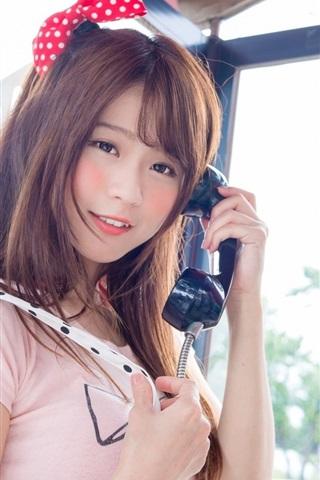 iPhone Wallpaper Lovely Asian girl use telephone