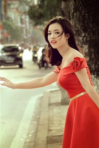 iPhone Wallpaper Red skirt Asian girl at street