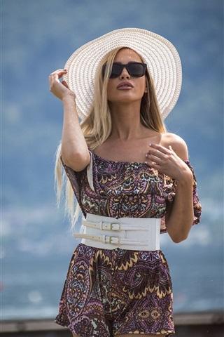 iPhone Wallpaper Summer girl, hat, sunglass, short skirt