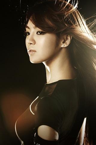 iPhone Wallpaper Asian girl, hair flying, wind, glare