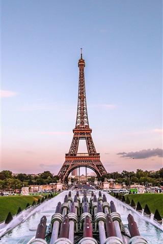 iPhone Wallpaper Eiffel Tower, Paris, France, fountain