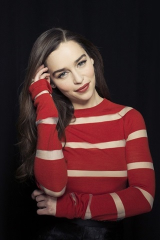 iPhone Wallpaper Emilia Clarke 07