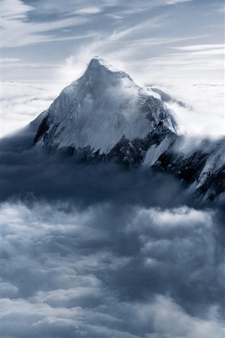iPhone Wallpaper Everest Mountain at dusk, snow, clouds