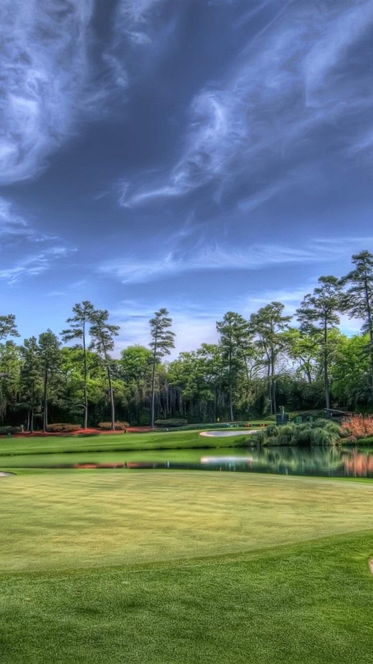 ゴルフ芝生 池 木々 緑 750x1334 Iphone 8 7 6 6s 壁紙 背景 画像