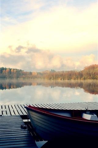 iPhone Wallpaper Lake, pier, boats, trees, autumn