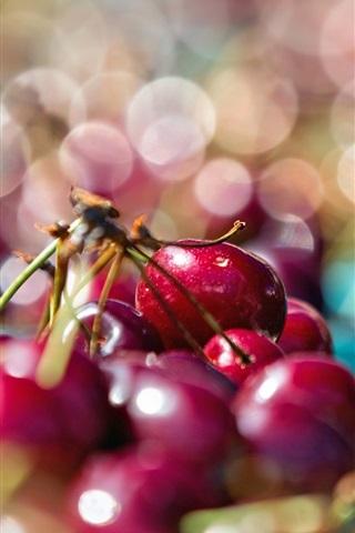 iPhone Wallpaper Red cherries, glare background
