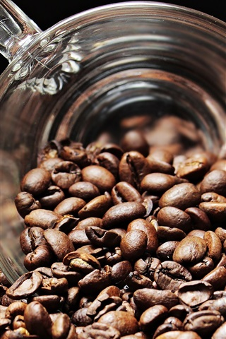 iPhone Wallpaper Coffee beans, glass cup
