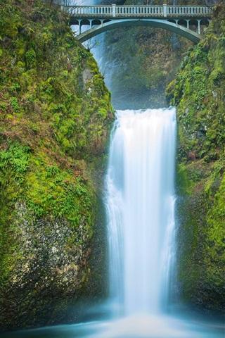 iPhone Wallpaper Multnomah falls, waterfall, bridge, dusk, Oregon, USA