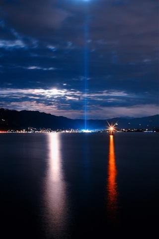 海 夜 都市 ライト 空 雲 640x1136 Iphone 5 5s 5c Se 壁紙 背景 画像
