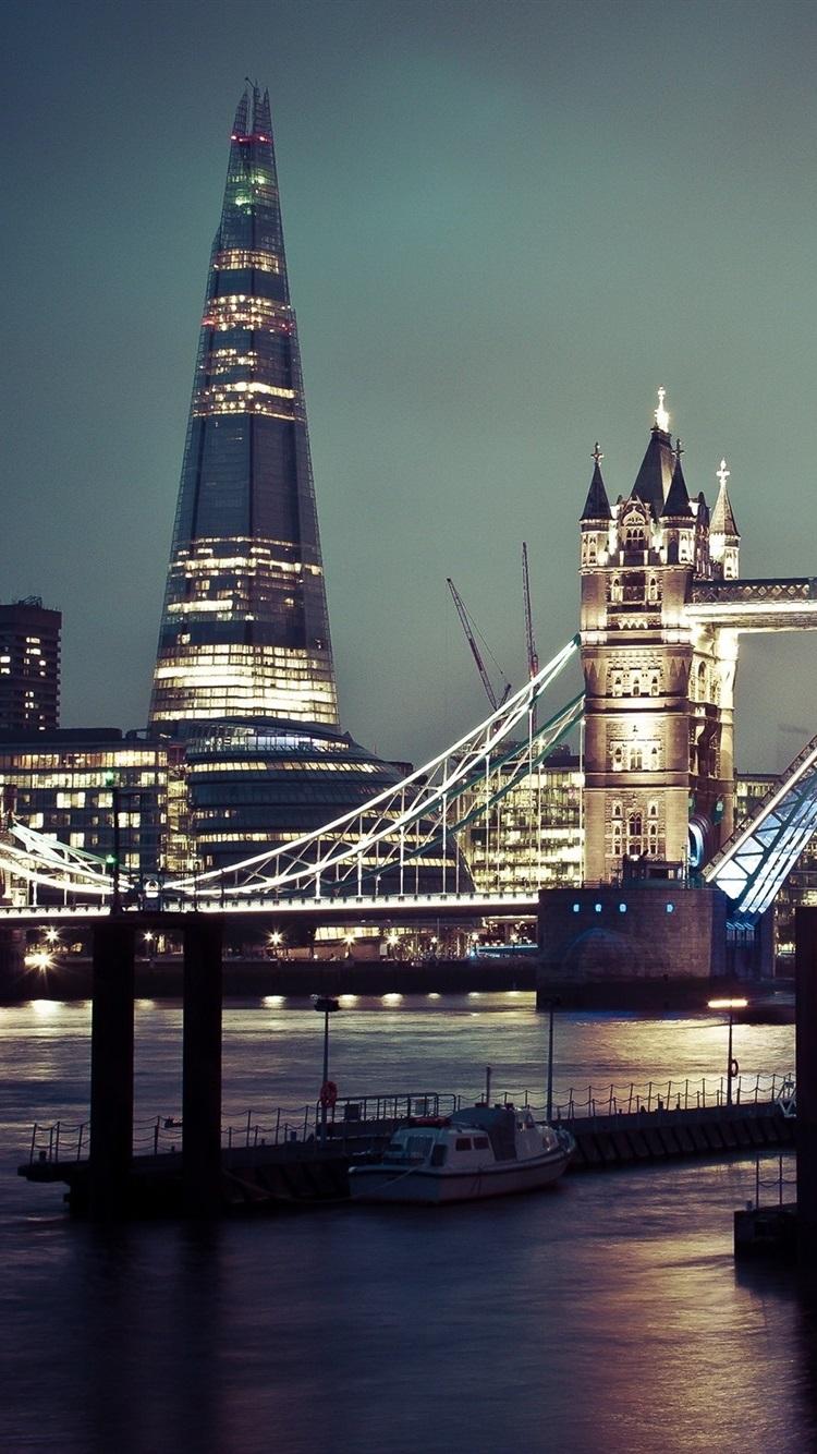 Tower Bridge River Boats Night City London 750x1334