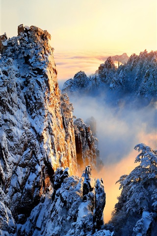 iPhone Wallpaper China, Anhui, Huangshan, beautiful nature landscape, snowy, mountains, sunrise
