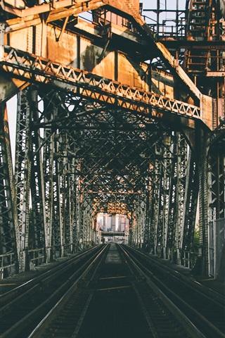 iPhone Wallpaper City, railroad bridge