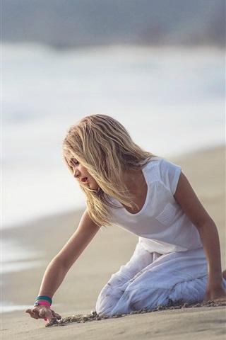 iPhone Papéis de Parede Cute girl girl play na praia