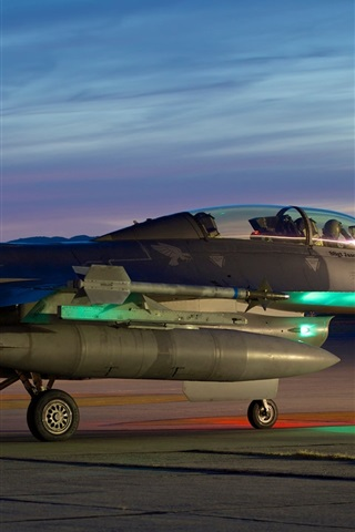 iPhone Wallpaper Fighting Falcon, F-16C fighter take off