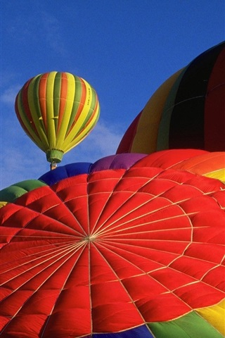 Hot Air Balloon Top View Colorful 640x960 Iphone 4 4s