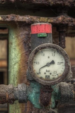 iPhone Wallpaper Pressure gauge, pipe, rusty