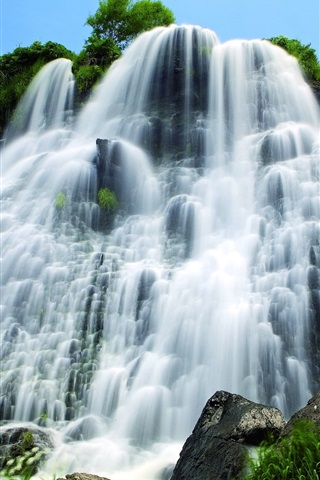 iPhone Wallpaper Shaki Waterfall, Armenia