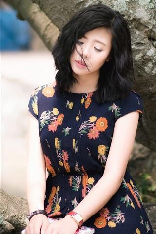 iPhone Wallpaper Summer Asian girl, sadness