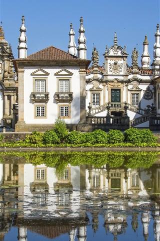 iPhone Wallpaper Villa, mansion, trees, pond, Portugal