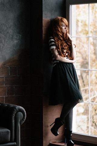 iPhone Wallpaper Curly hair girl, window side, sofa, room