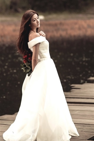 iPhone Wallpaper White dress Asian girl, long hair, back view, pier