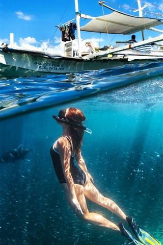 iPhone Wallpaper Diving girl, underwater, boat, sea
