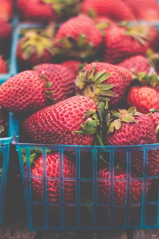 iPhone Wallpaper Many fresh strawberries, basket