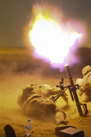 iPhone Wallpaper Soldiers, mortar shot, army, weapon