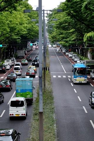 iPhone Обои Токио, Япония, город, улица, дорога, автомобили, деревья