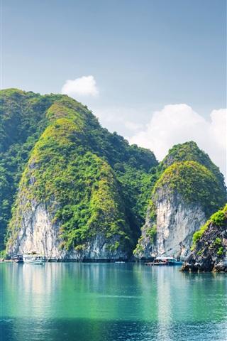 iPhoneの壁紙 ベトナム、ハロン湾、山、海、青空