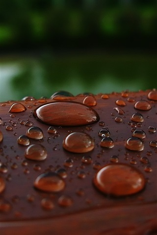 iPhone Wallpaper Water drops, wood surface