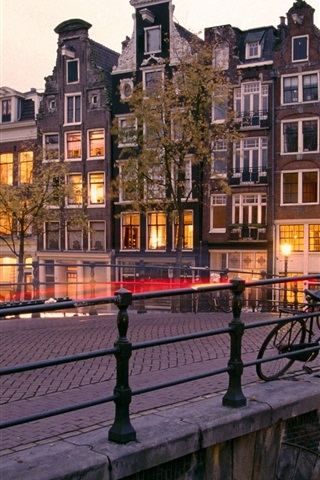 iPhone Wallpaper Amsterdam, Nederland, city, houses, bridge, lights, dusk