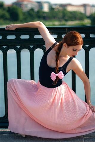 iPhone Wallpaper Dance girl, ballerina, city