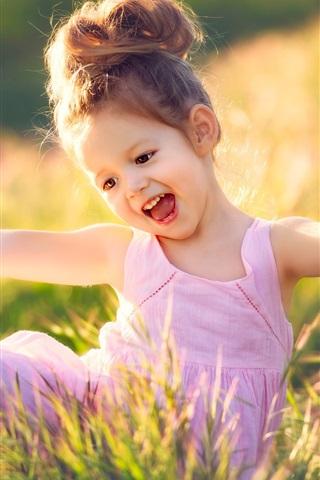 幸せな子供の女の子 草 夏 640x1136 Iphone 5 5s 5c Se 壁紙 背景 画像