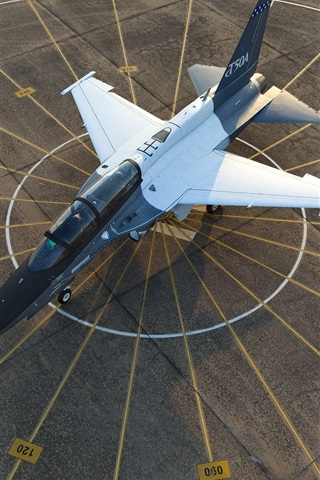 iPhone Wallpaper T-50A plane top view, airport, Lockheed Martin