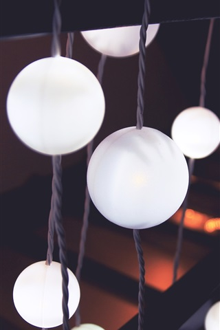iPhone Wallpaper White balls lights