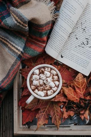 iPhoneの壁紙 コーヒー、ココア、マシュマロ、本、葉、秋