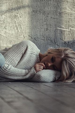 traurigkeit blonde m dchen schlafen auf dem boden 1920x1200 hd hintergrundbilder hd bild. Black Bedroom Furniture Sets. Home Design Ideas