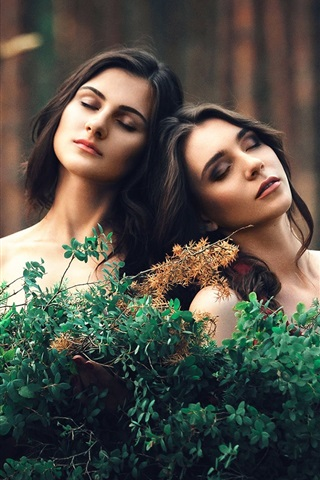 iPhone Wallpaper Two girls, sweet, friends