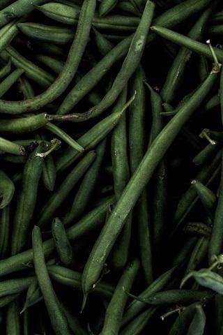 iPhone Wallpaper Green beans, vegetables, darkness