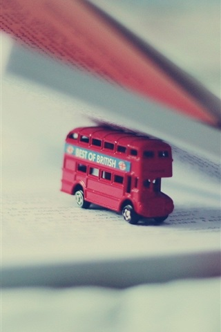 iPhone Wallpaper Toy bus, book