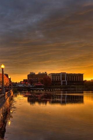iPhoneの壁紙 カナダ、ケベック州、シャーブルック、遊歩道、ライト、川、夜明け、日の出