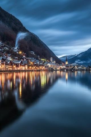 iPhone Wallpaper Hallstatt, night, lake, water reflection, mountains, Austria