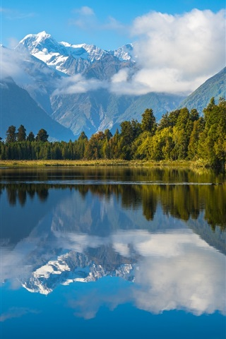 iPhone Wallpaper New Zealand, lake, water reflection, mountains, trees, clouds