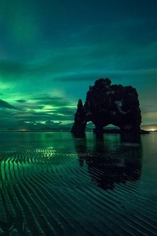 iPhone Wallpaper Northern lights, night, sea, rocks