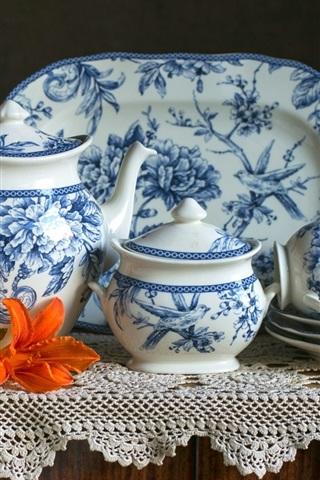 iPhone Wallpaper Porcelain, tea set, cups, kettle